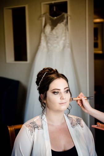 Moat House Bridal Prep, wedding Photography